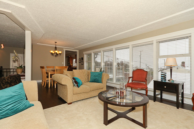 Photo 5: 644 Shaw Avenue in Coquitlam: Coquitlam West Home for sale ()
