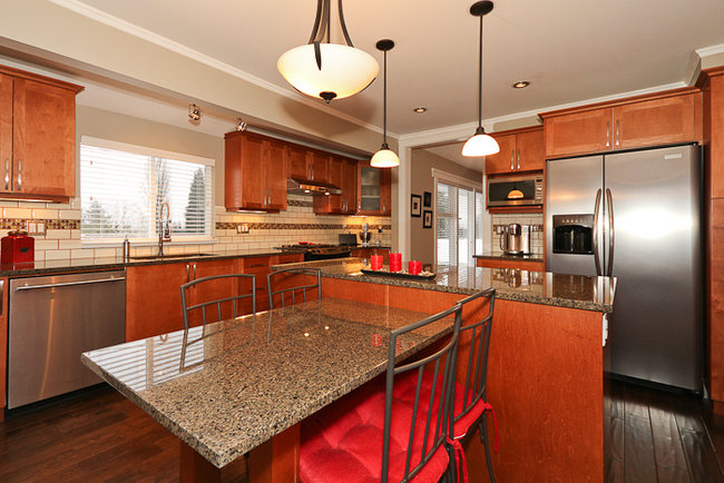 Photo 3: 644 Shaw Avenue in Coquitlam: Coquitlam West Home for sale ()