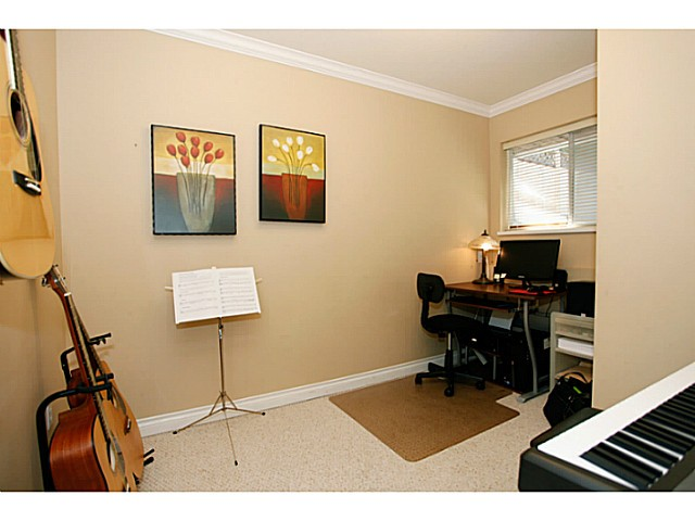 Photo 11: 14320 77A AV in Surrey: East Newton House for sale : MLS(r) # F1423021