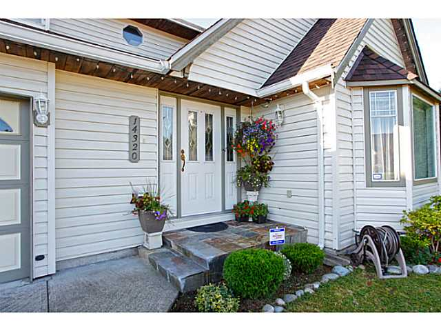 Main Photo: 14320 77A AV in Surrey: East Newton House for sale : MLS® # F1423021