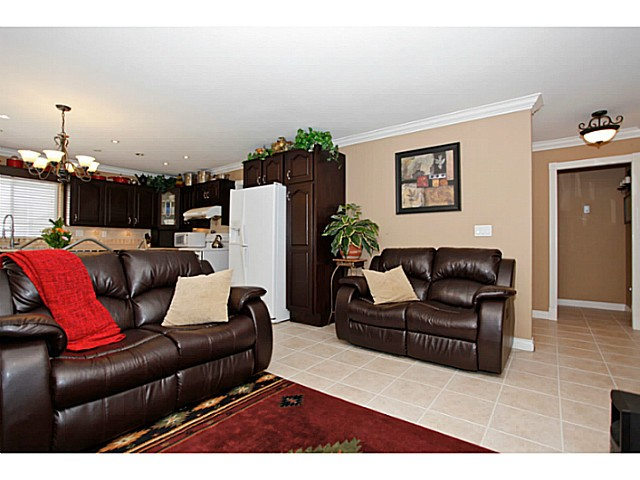 Photo 6: 14320 77A AV in Surrey: East Newton House for sale : MLS(r) # F1423021