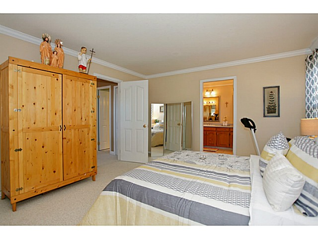 Photo 14: 14320 77A AV in Surrey: East Newton House for sale : MLS(r) # F1423021