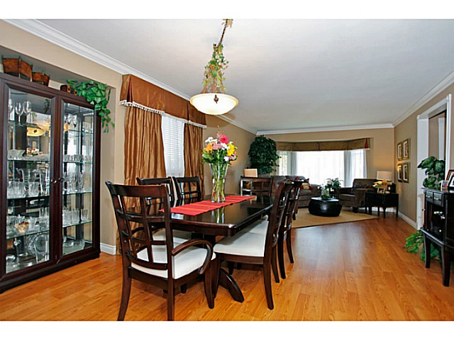 Photo 4: 14320 77A AV in Surrey: East Newton House for sale : MLS(r) # F1423021