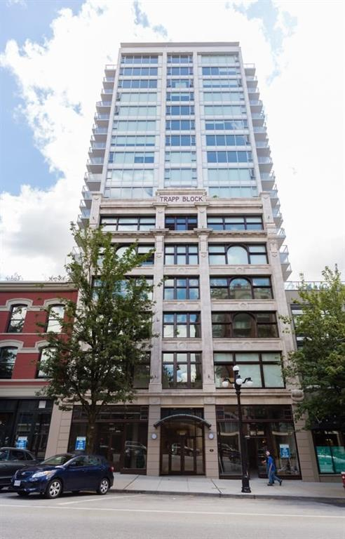 Main Photo: 401 668 Columbia Street in New Westminster: Condo for sale