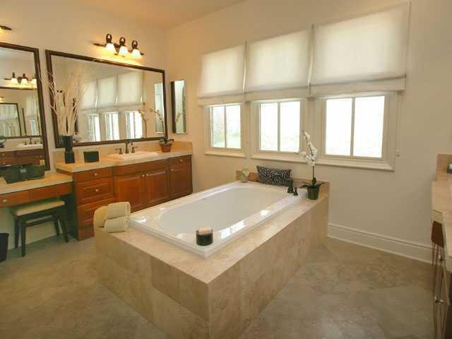 Photo 11: RANCHO SANTA FE Home for sale or rent : 4 bedrooms : 16920 Going My in San Diego