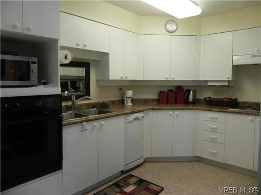 Photo 5: 309 1505 Church Avenue in VICTORIA: SE Cedar Hill Condo Apartment for sale (Saanich East)  : MLS(r) # 314763