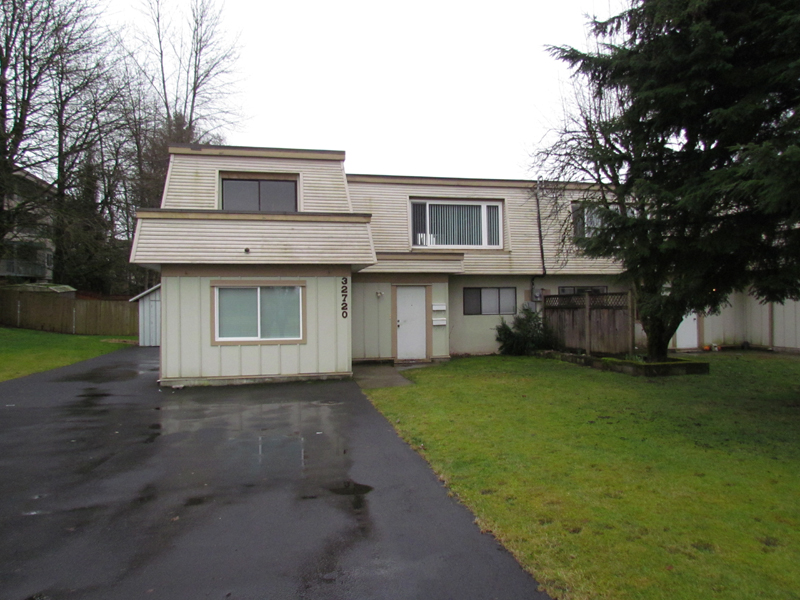 Main Photo: B 32720 East Broadway in Abbotsford: Central Abbotsford Condo for rent