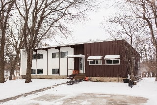Main Photo: 6595 Southboine Drive in Winnipeg: Charleswood Single Family Detached for sale (South West)