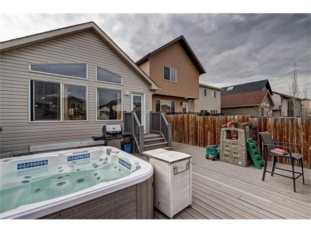 Photo 26: 2061 NEW BRIGHTON GD SE in Calgary: New Brighton House for sale : MLS(r) # C4062346