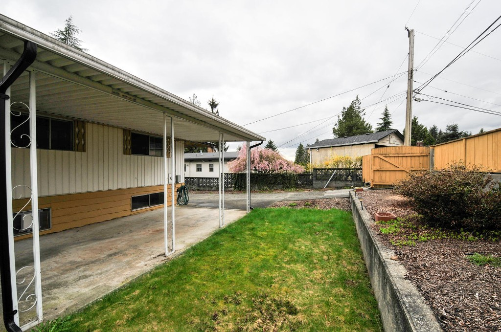 Photo 19: 5683 EGLINTON STREET in Burnaby: Deer Lake Place House for sale (Burnaby South)  : MLS® # R2155405