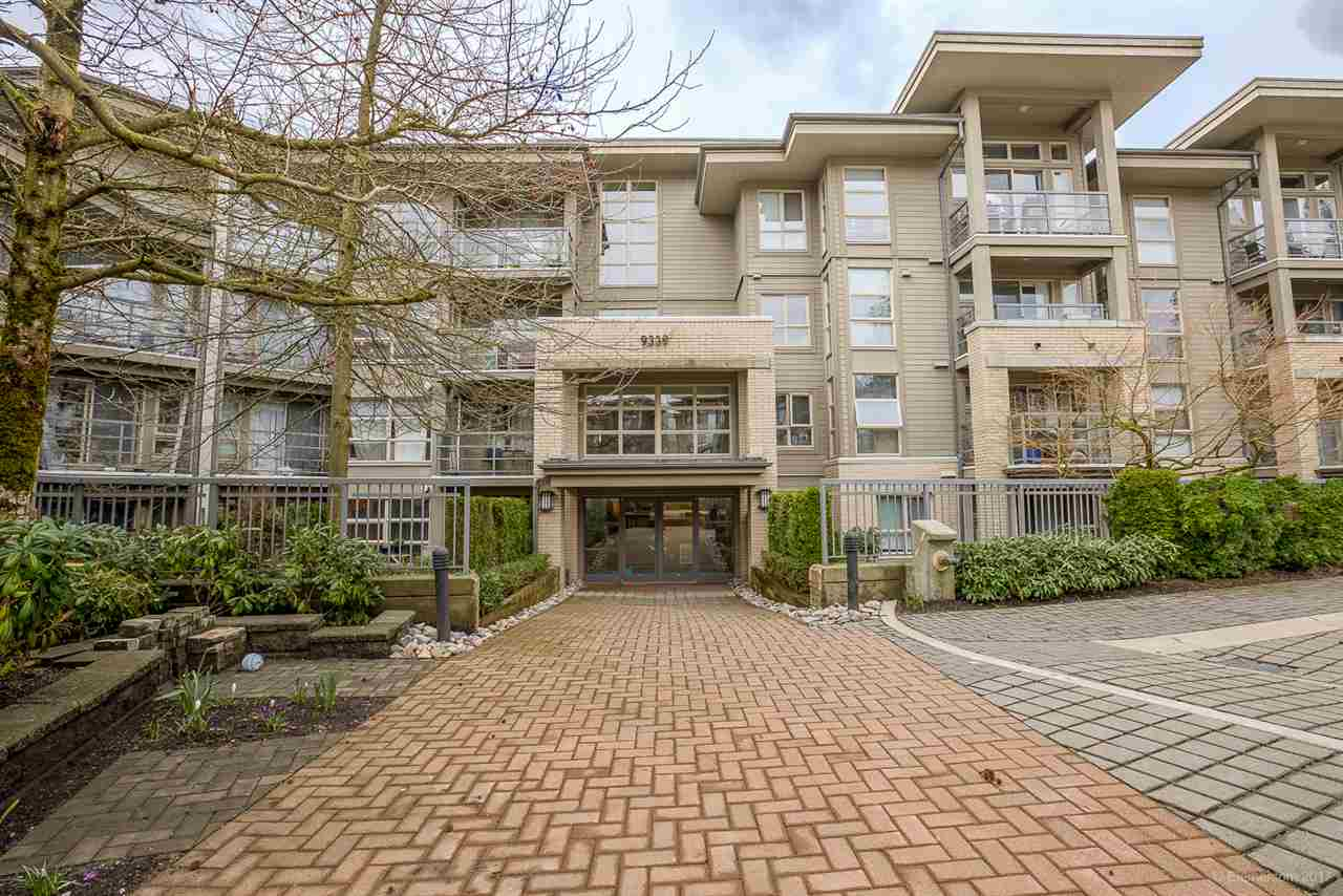 Main Photo: 507 9339 UNIVERSITY CRESCENT in Burnaby: Simon Fraser Univer. Condo for sale (Burnaby North)  : MLS® # R2153956