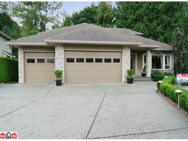 "Main Photo: 35702 ST ANDREWS Court in Abbotsford: Abbotsford East House for sale in ""LEDGEVIEW ESTATES"" : MLS®# F1224484"