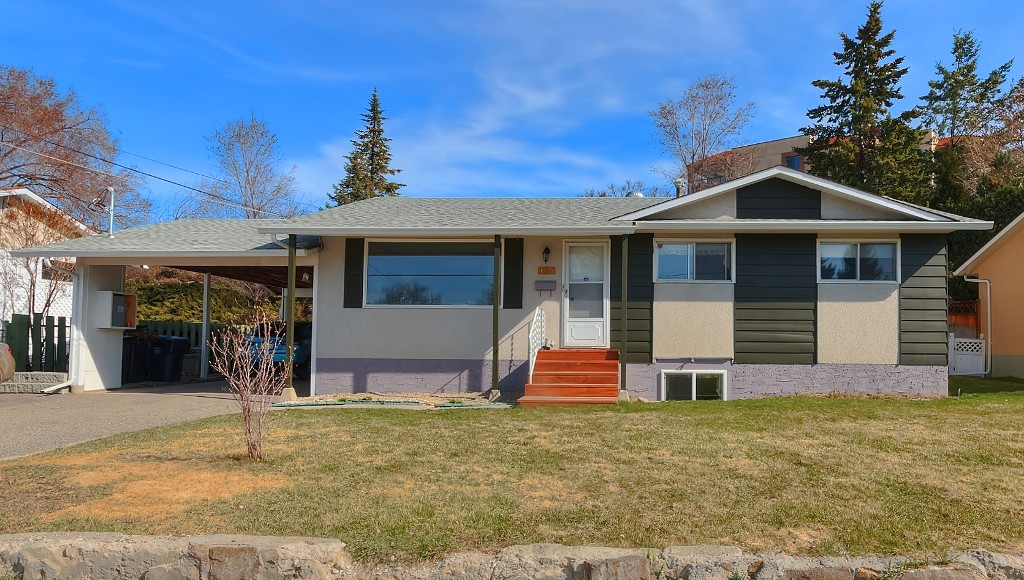 Main Photo: 195 Dell Road in Kelowna: Rutland House for sale : MLS® # 10092589