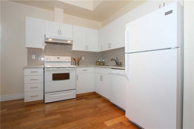 Photo 2: 833 King St W Unit #210 in Toronto: Niagara Condo for sale (Toronto C01)  : MLS(r) # C3375090