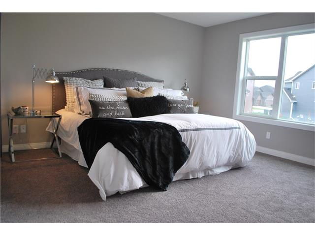 Photo 9: 645 MARINA DR: Chestermere House for sale : MLS® # C4058606