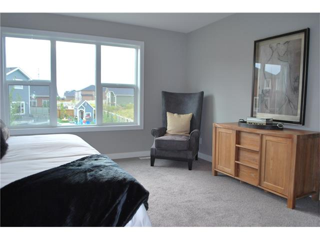 Photo 10: 645 MARINA DR: Chestermere House for sale : MLS® # C4058606