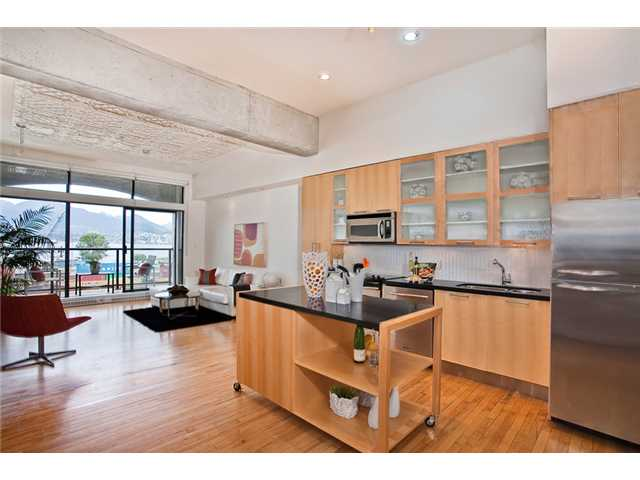 "Main Photo: 208 345 WATER Street in Vancouver: Downtown VW Condo for sale in ""GREENSHIELDS BUILDING"" (Vancouver West)  : MLS® # V958365"