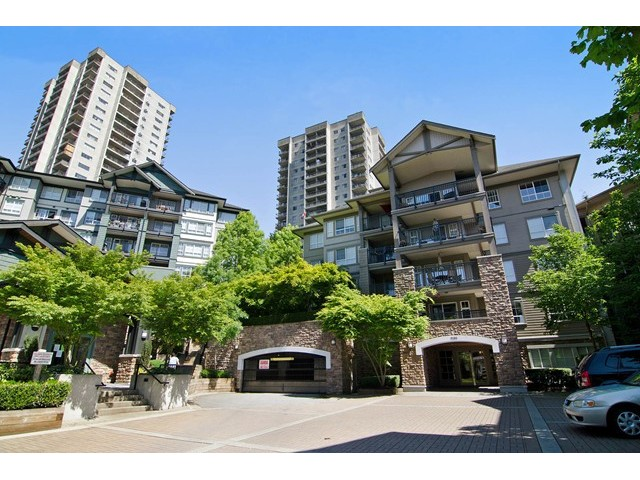 Main Photo: 411 9283 GOVERNMENT Street in Burnaby: Government Road Condo  (Burnaby North)  : MLS® # V1121339