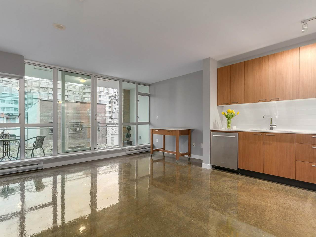 Main Photo: 409 221 UNION STREET in Vancouver: Mount Pleasant VE Condo for sale (Vancouver East)  : MLS® # R2119480