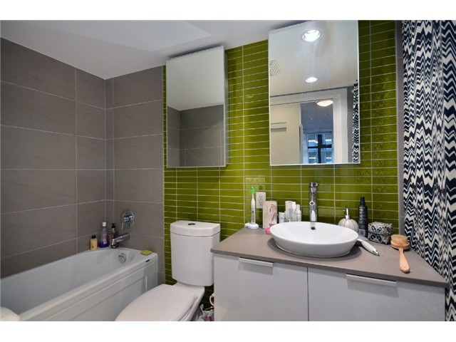 Photo 4: 301 128 W CORDOVA Street in Vancouver: Downtown VW Condo for sale (Vancouver West)  : MLS(r) # V929498