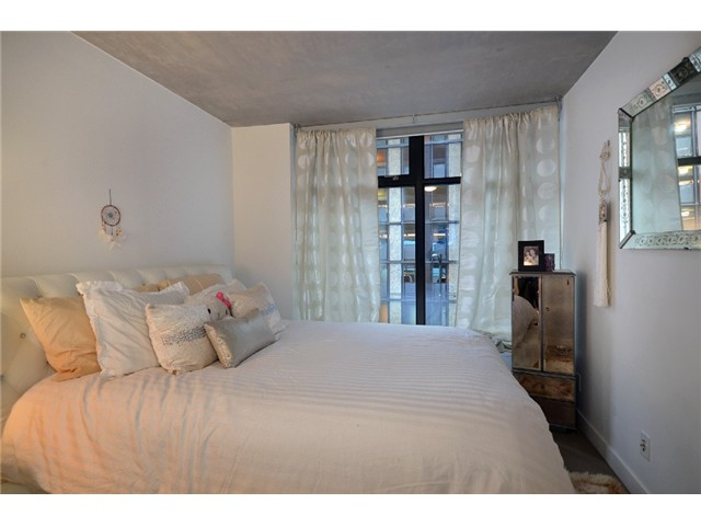 Photo 5: 301 128 W CORDOVA Street in Vancouver: Downtown VW Condo for sale (Vancouver West)  : MLS(r) # V929498