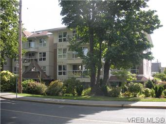Photo 3: 408 1501 Richmond Avenue in VICTORIA: Vi Jubilee Condo Apartment for sale (Victoria)  : MLS(r) # 295954