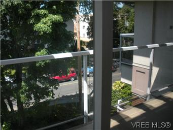 Photo 10: 408 1501 Richmond Avenue in VICTORIA: Vi Jubilee Condo Apartment for sale (Victoria)  : MLS(r) # 295954