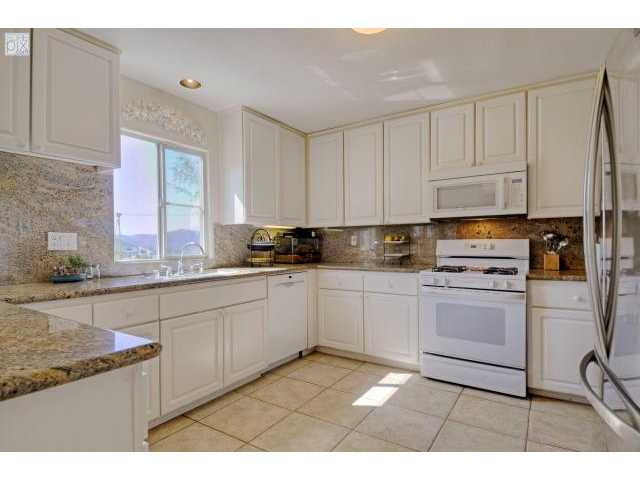 Photo 5: SANTEE House for sale : 5 bedrooms : 8558 Clifford Heights Road