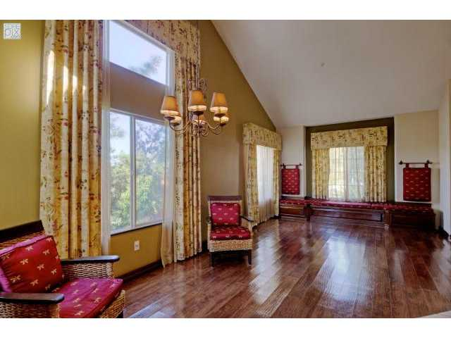 Photo 2: SANTEE House for sale : 5 bedrooms : 8558 Clifford Heights Road