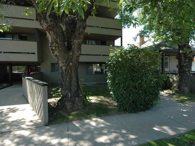 Main Photo: 201 1513 26 Avenue SW in CALGARY: South Calgary Condo for sale (Calgary)  : MLS(r) # C3557881