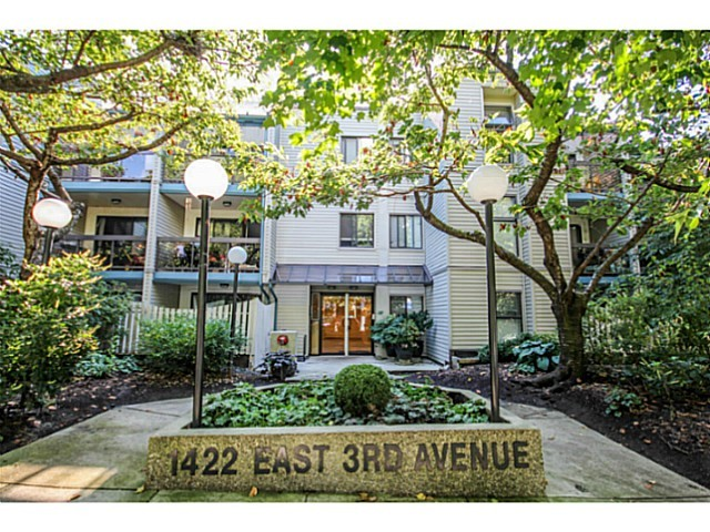 Main Photo: # 209 1422 E 3RD AV in Vancouver: Grandview VE Condo for sale (Vancouver East)  : MLS®# V1100631