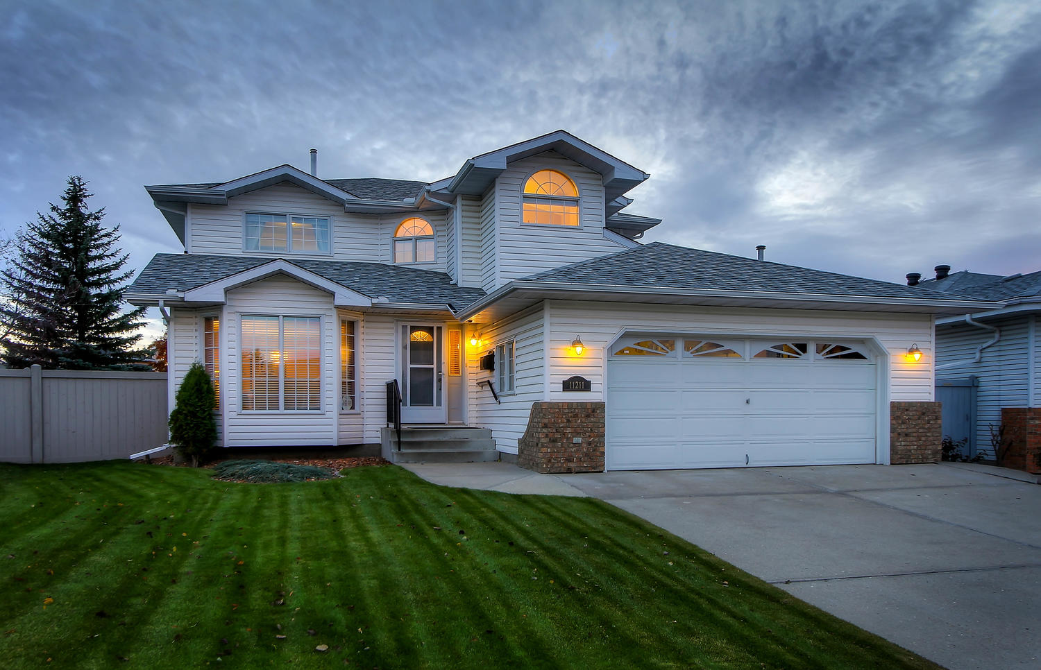 FEATURED LISTING: 11211 10 Avenue NW Edmonton