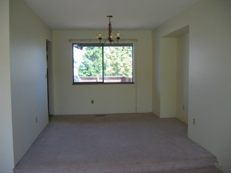 Photo 3: 13239 65A Avenue: House for sale (East Newton)