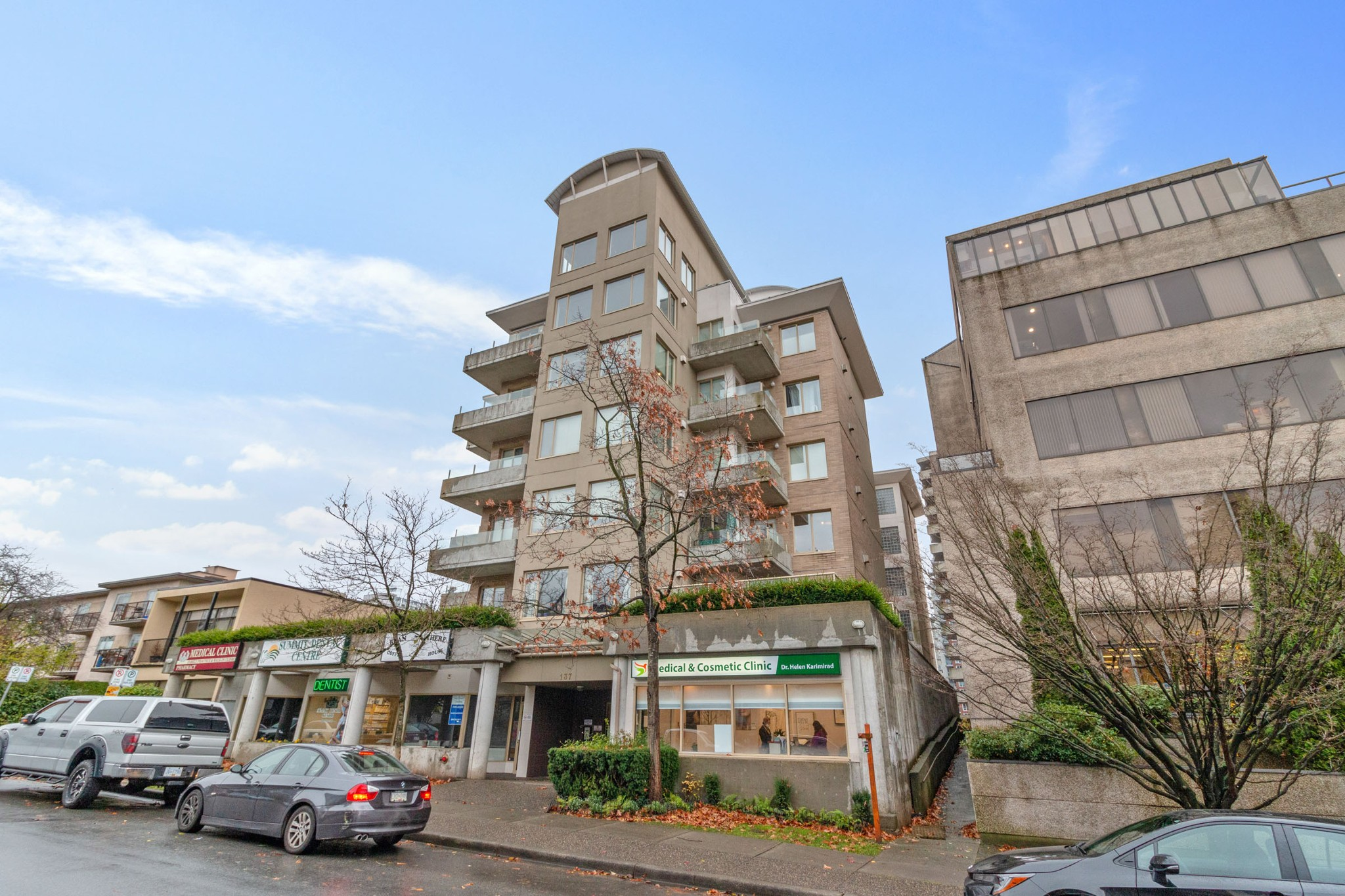 FEATURED LISTING: 203 - 137 17TH Street West North Vancouver