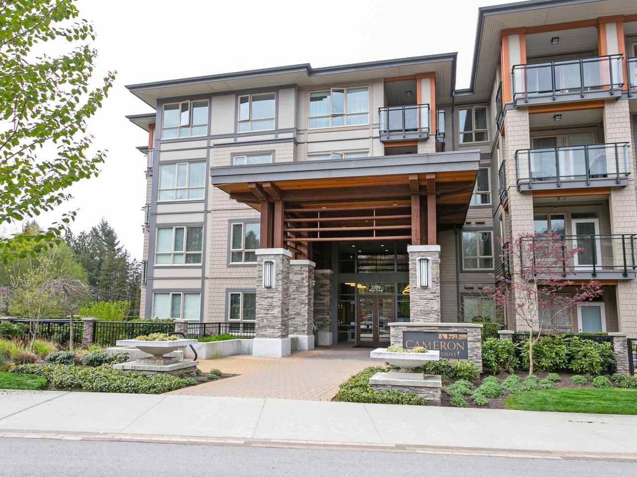 FEATURED LISTING: 211 - 3399 NOEL Drive Burnaby