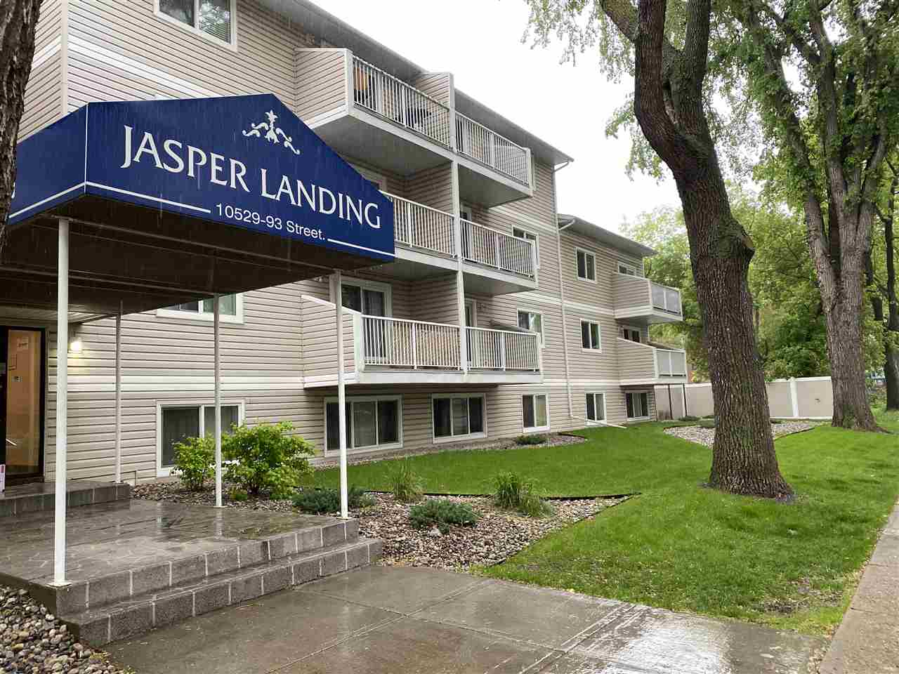FEATURED LISTING: 209 - 10529 93 Street Edmonton