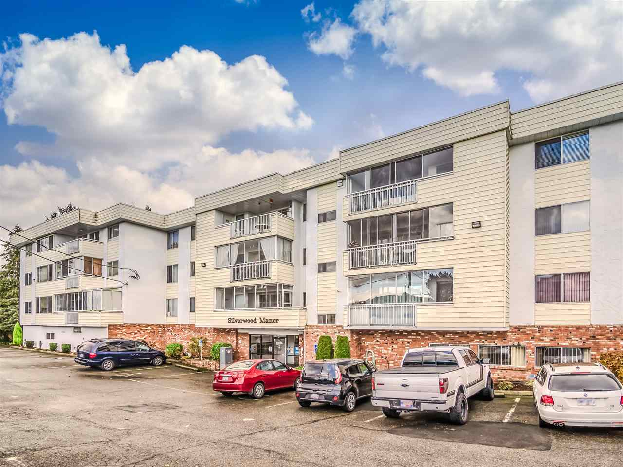 FEATURED LISTING: 202 - 32070 PEARDONVILLE Road Abbotsford