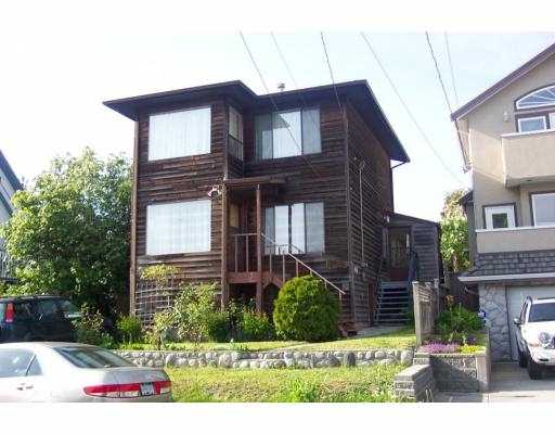 "Main Photo: 4925 CLINTON ST in Burnaby: South Slope House for sale in ""N"" (Burnaby South)  : MLS® # V590801"