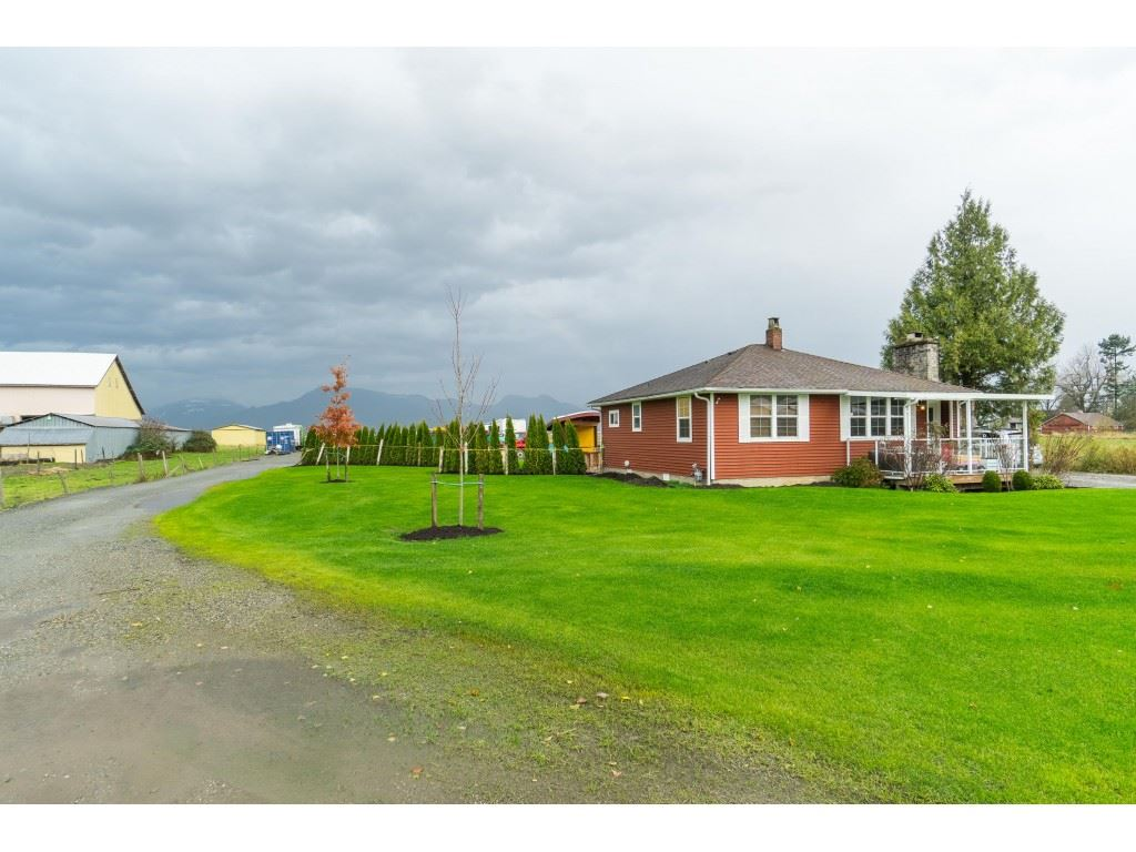 FEATURED LISTING: 48551 PRAIRIE CENTRAL Road Chilliwack