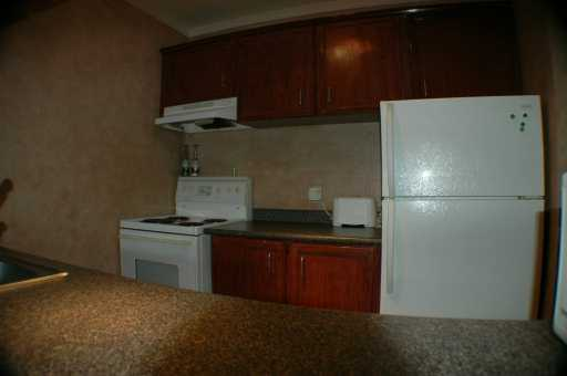 "Photo 2: 311 950 DRAKE ST in Vancouver: Downtown VW Condo for sale in ""ANCHOR POINT"" (Vancouver West)  : MLS(r) # V607867"
