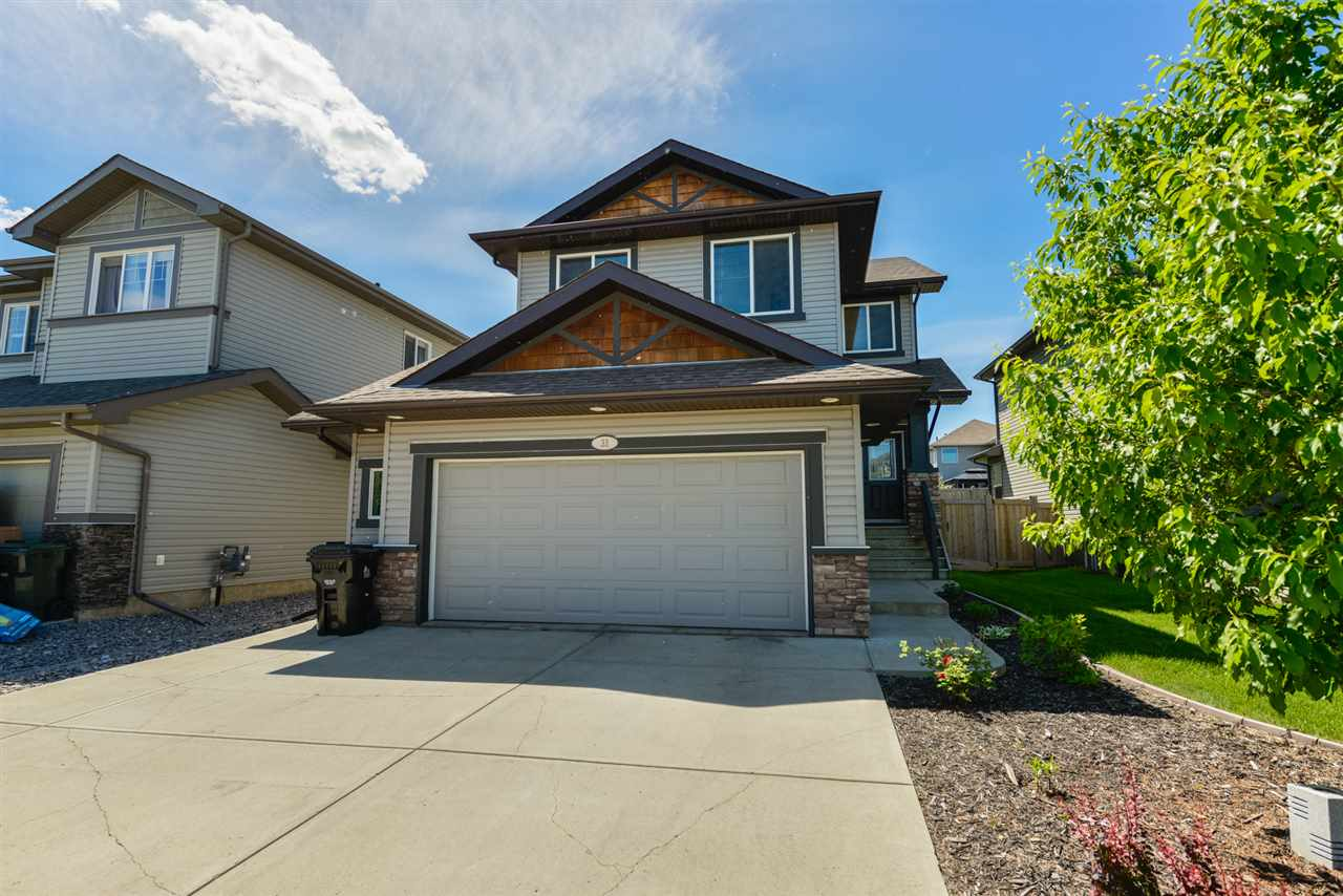FEATURED LISTING: 33 HERON Crescent Spruce Grove