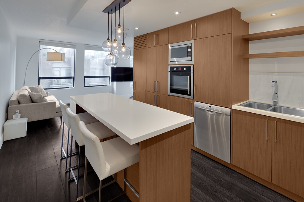 FEATURED LISTING: 306 - 811 HELMCKEN Street Vancouver