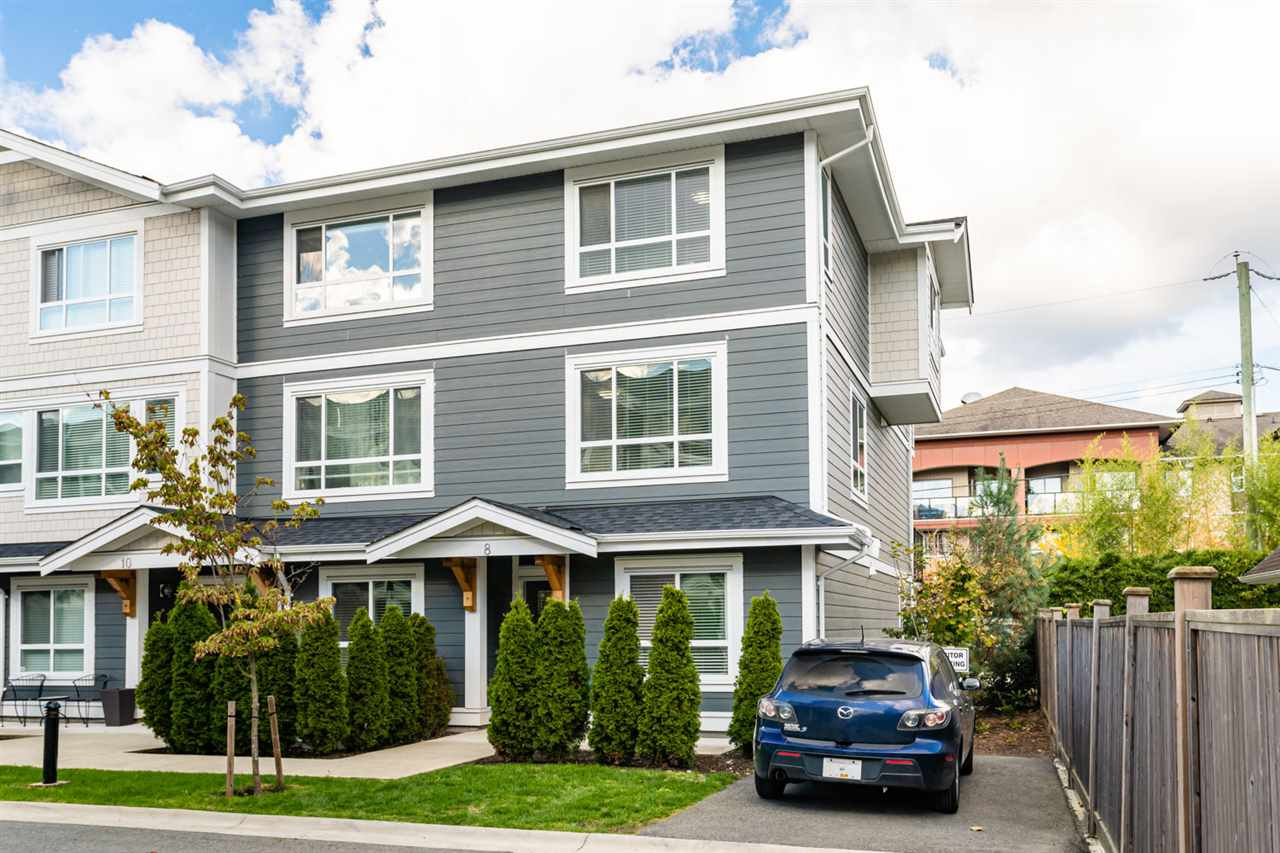 FEATURED LISTING: 8 - 19753 55A Avenue Langley