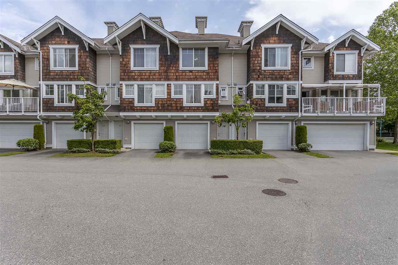 FEATURED LISTING: 44 - 20760 DUNCAN Way Langley
