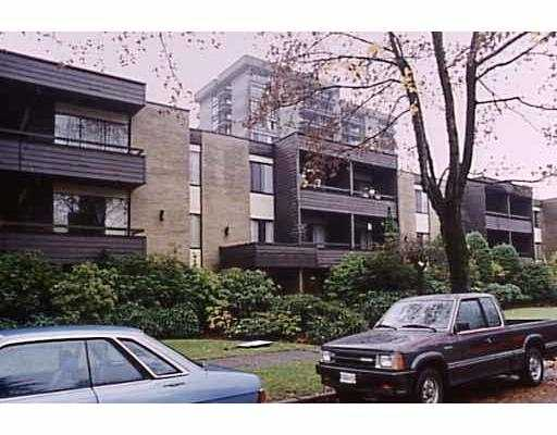 "Main Photo: 101 1710 W 13TH AV in Vancouver: Fairview VW Condo for sale in ""PINE RIDGE"" (Vancouver West)  : MLS® # V538172"