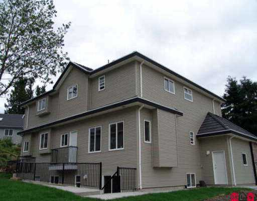 Photo 4: 18023 63B AV in Surrey: Cloverdale BC House for sale (Cloverdale)  : MLS(r) # F2613732