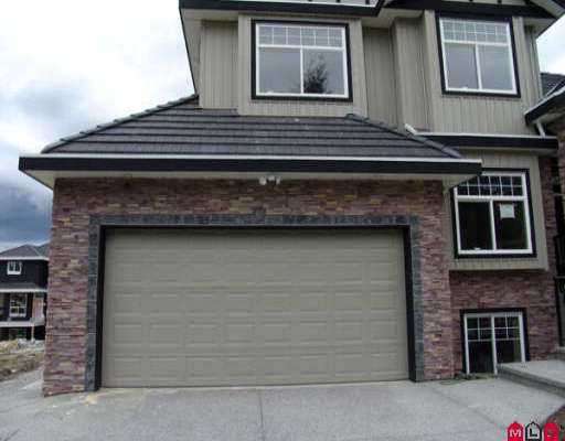 Photo 5: 18023 63B AV in Surrey: Cloverdale BC House for sale (Cloverdale)  : MLS(r) # F2613732