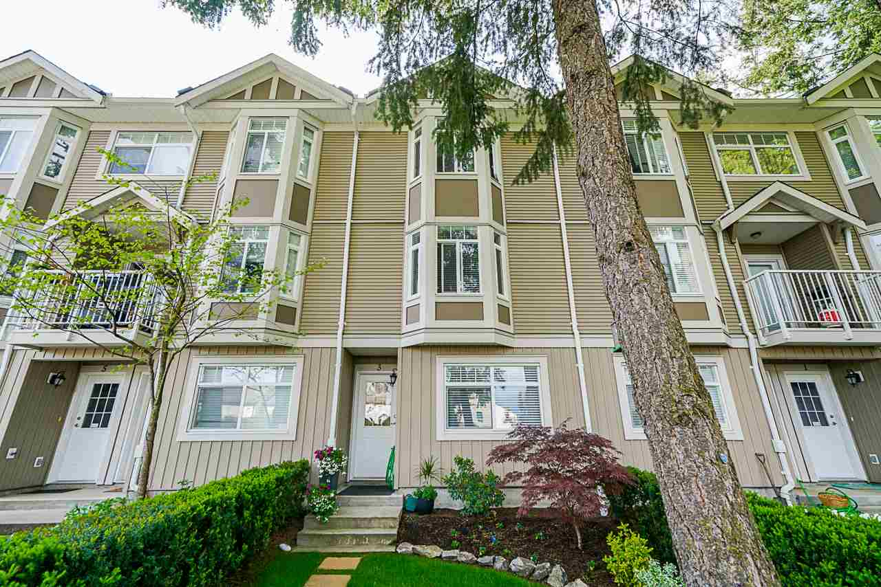 FEATURED LISTING: 3 - 2865 273 Street Langley