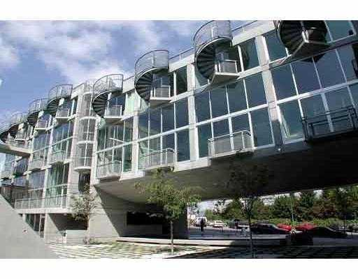 "Photo 7: 1540 W 2ND Ave in Vancouver: False Creek Condo for sale in ""WATERFALL BUILDING"" (Vancouver West)  : MLS(r) # V621596"