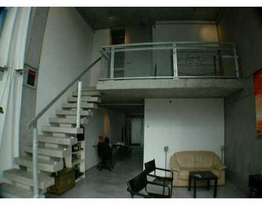 "Photo 4: 1540 W 2ND Ave in Vancouver: False Creek Condo for sale in ""WATERFALL BUILDING"" (Vancouver West)  : MLS(r) # V621596"